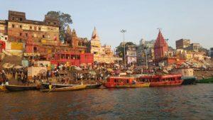 Varanasi: Ciudad de la Muerte y Reencarnación