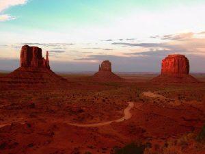 Amanecer en el Gran Cañón y visita a Monument Valley