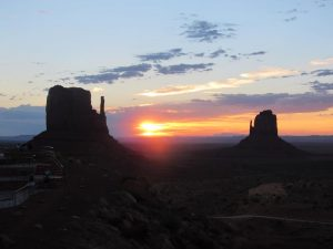 Amanecer Monument Valley
