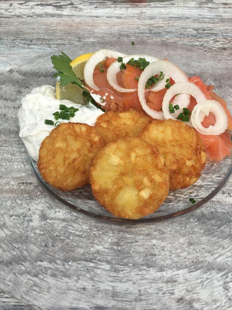 salmón ahumado con patatas