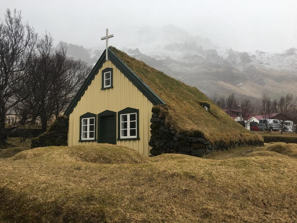 iglesia en Höf