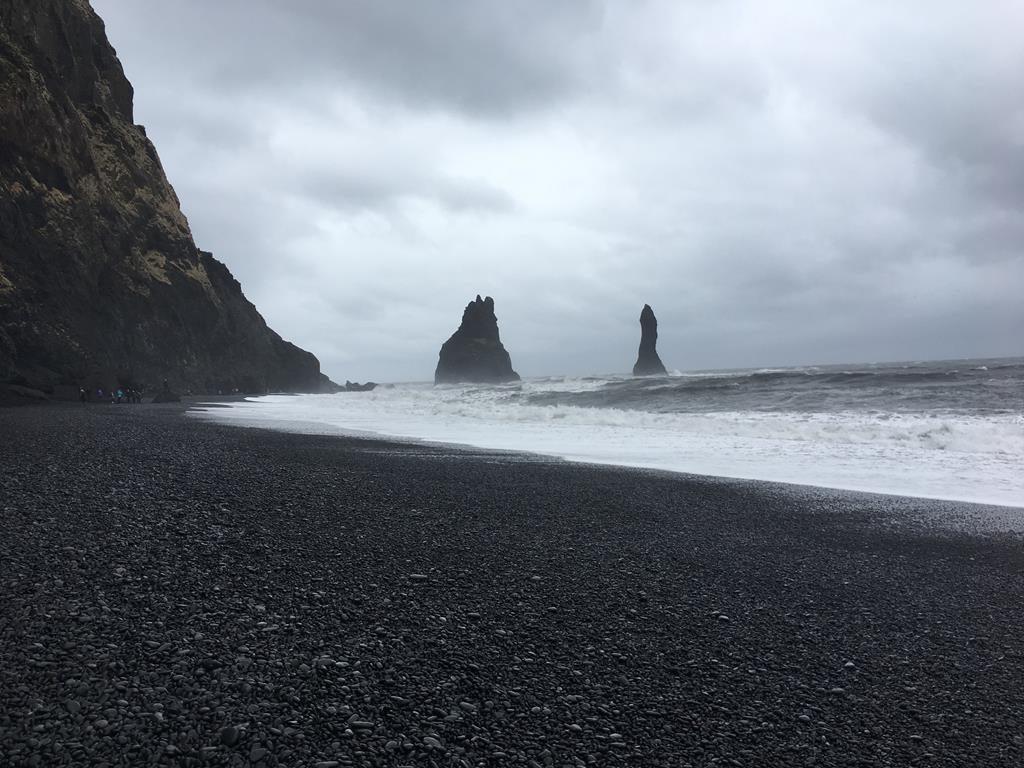 playa negra de Vik