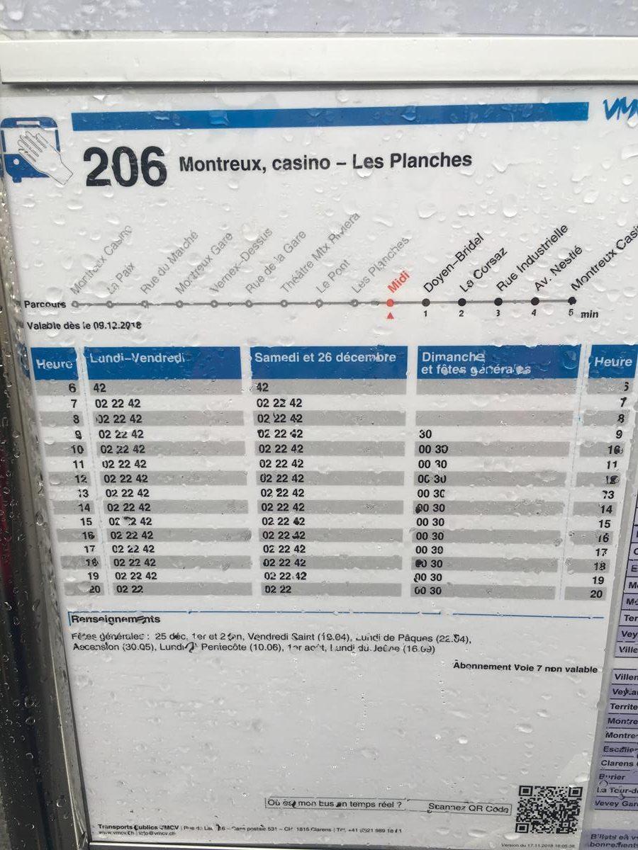 parada de autobus en Montreux