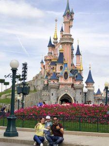 Preparativos y presupuesto para un viaje a Disneyland París